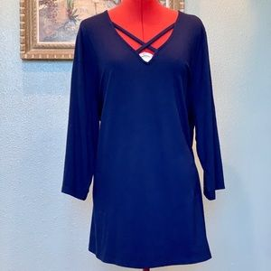 Catherine's Navy blue top in a size 1X